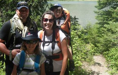 family-on-a-hike-in-the-mountains-550-1