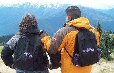 overlooking-the-mountain-550-1